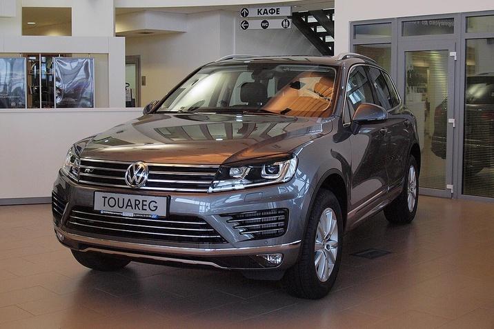 VW Touareg Premium R-Line